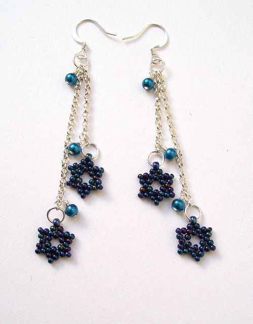Blue Star Earrings by Hollybird Beads, via Flickr