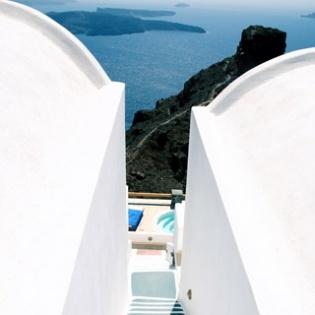 Santorini, Strange Beauty
