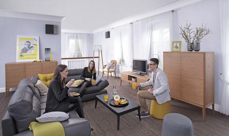foorni.pl | Classic, yelow, meble do salonu marki Swarzędz Home