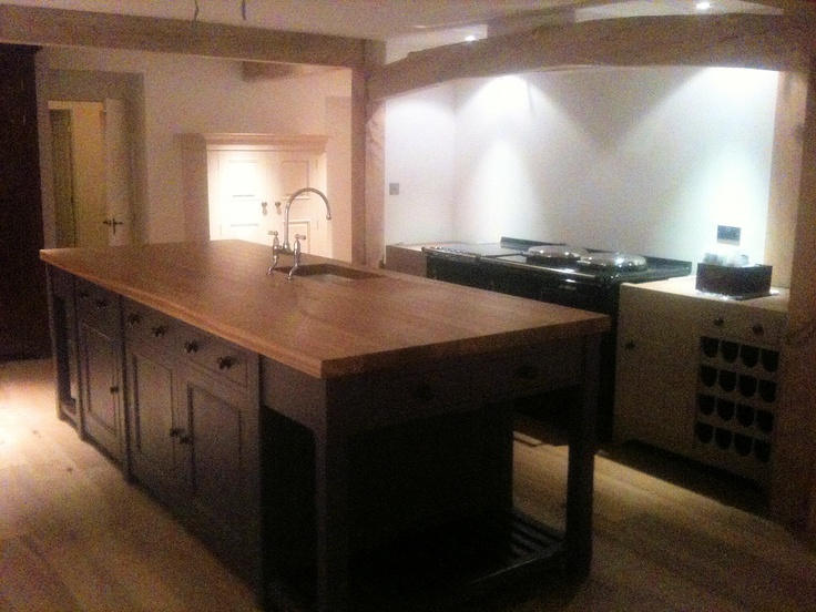 Stunning Chalon kitchen fitted by Tim Gorton