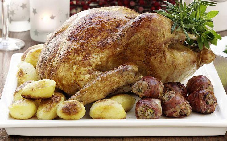 turkey with prosciutto-wrapped seasoning balls