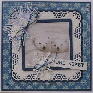 Trijntjes+Kaarten:+Kerstkaart+blauw-wit+met+cardtopper+Mattie