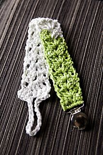 V-stitch Binky Clip / FREE CROCHET pattern download