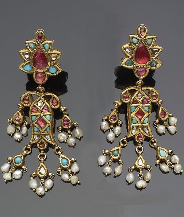 India | Pair of gold gem-set earrings, fringed with seed pearls