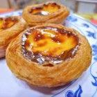 Pastéis De Belém, Portugese roomtaartjes zijn de nationale vijfhaps smikkeltaartjes die men door heel Portugal heen bij elke bakkerij kan krijgen, wan...