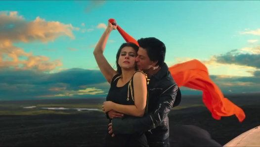 Dilwale (2015) - Trailer - Shah Rukh Khan - Kajol - Varun Dhawan - Rohit shetty  Dil tou har kisi k pas hota hai.... lekin sab Dilwale nahe hotay !  Action, Romance, Humour everything *WOW* *-* Entertainment at it's best   ‪#‎Dilwale‬