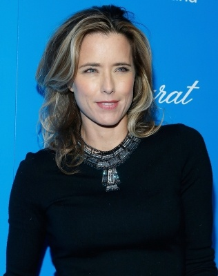 #charity - Tea Leoni attends #UNICEF Snowflake Ball 2012 at #Cipriani 42nd Street, New York City, on November 27, 2012