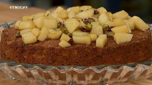 Κέικ μήλου και φιστικιού Αιγίνης με μαρμελάδα μήλου & μελιού | webtv, συνταγεσ | MEGA TV ΚΑΝ' ΤΟ ΟΠΩΣ Ο ΑΚΗΣ