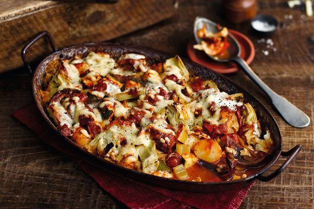Slimming World Free Foods recipes: Cheesy Mexican bake - Woman Magazine