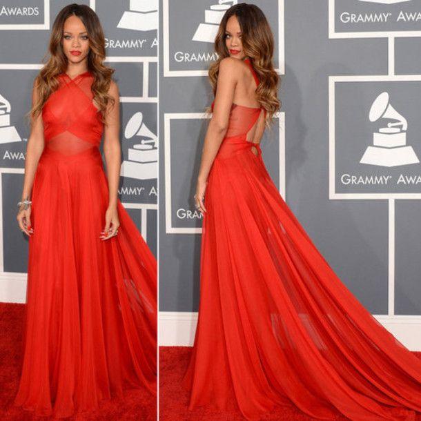 dress rihanna red carpet grammy