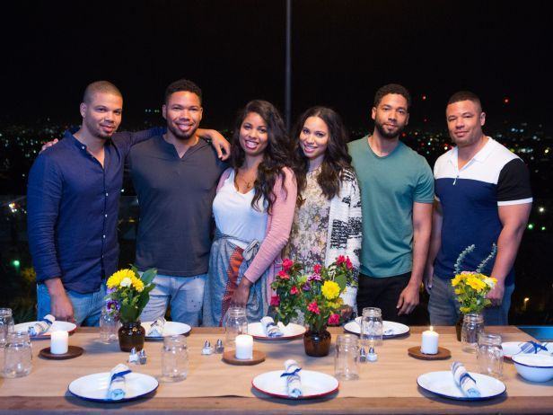 Smollett Eats is the new Food Network show with the Smollett Family, featuring all six siblings, cooking for and entertaining family and friends.