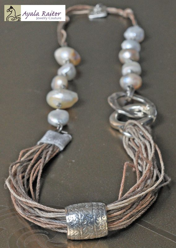 Wild Pearls Necklace