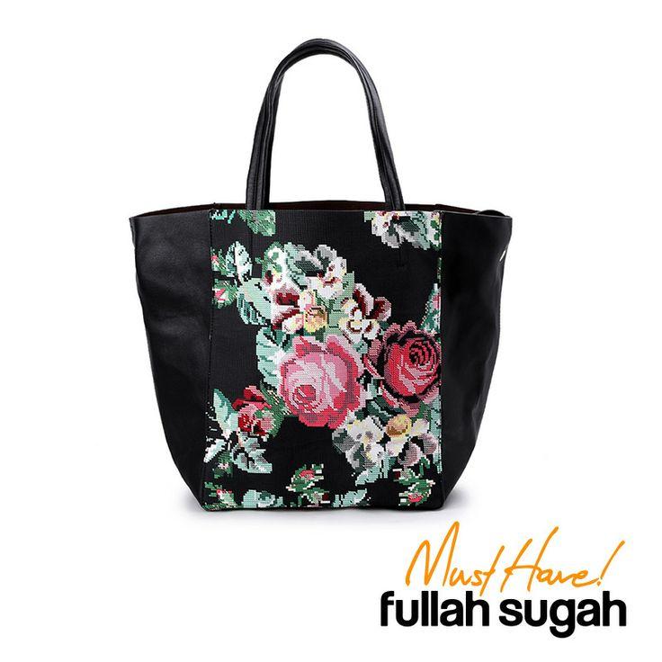 Autumn/Winter 2014 | FULLAHSUGAH MUST HAVE BAG | http://fullahsugah.gr