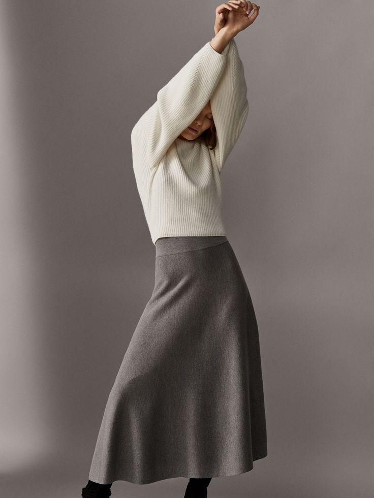 Women´s Emerald Touch at Massimo Dutti online. Enter now and view our  Fall Winter 2017 Emerald Touch collection. Effortless elegance!
