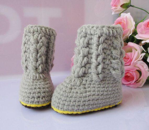 lovely boy baby shoes handmade Crochet boy Baby Booties by rosetan, $9.99