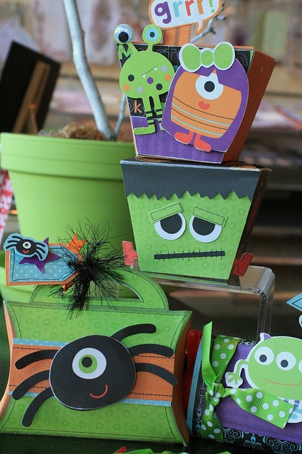 Halloween Treat Boxes and Cards-