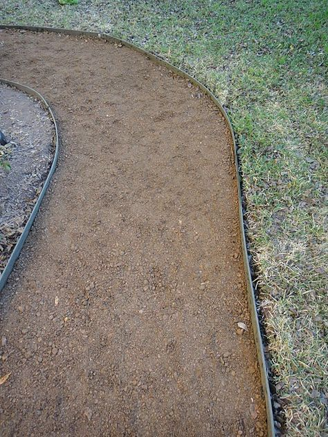 how to make a crushed granite pathway