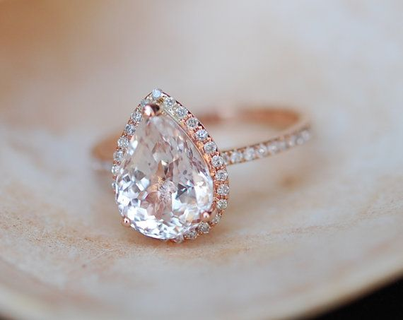 Peach champagne Sapphire Engagement Ring 14k Rose Gold 4.3ct, Pear Cut Peach Sapphire Ring. Engagement ring by Eidelprecious