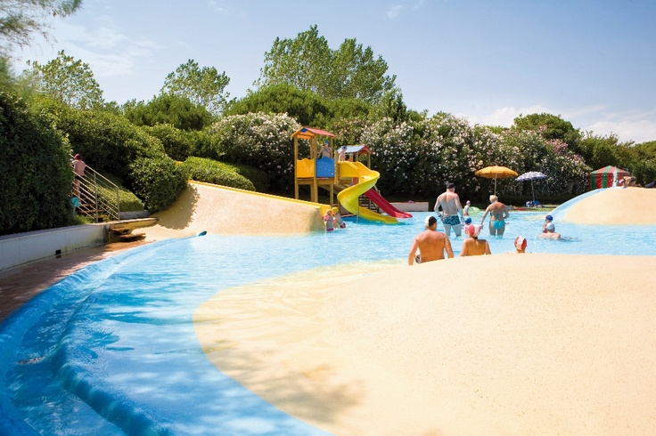 Colorful setting and loads of fun! #acquapark #camping #fun #kids #summer #waterslide