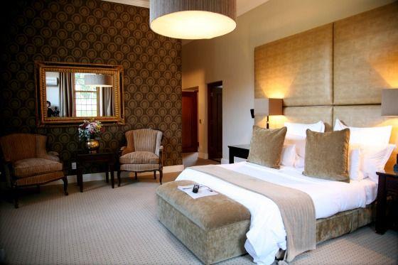 Os 48 quartos do Lanzerac aliam conforto, sofisticação e decoração impecável com vista para o pátio da fazenda, mas o destaque fica para a Presidential Suite (Lanzerac Hotel & Spa/Divulgação)