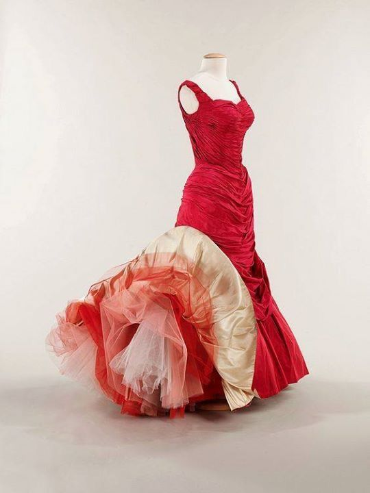"""""""Tree"""" ballgown by Charles James, 1955"""