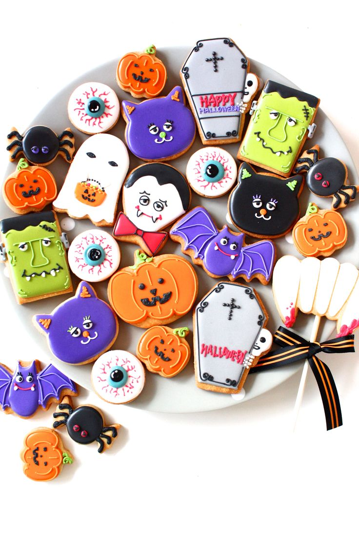 189 best Halloween images on Pinterest Halloween cookies, Cookies - Halloween Decorated Cookies