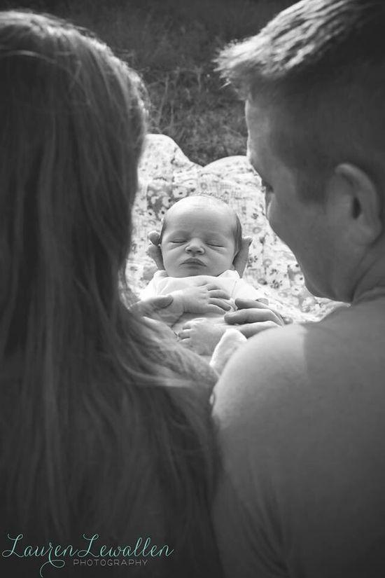frischgebackene Eltern #Baby #Foto #Photography http://cutebaby946.blogspot.com