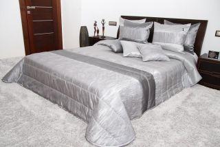 Luxusný prehoz na posteľ striebornej farby