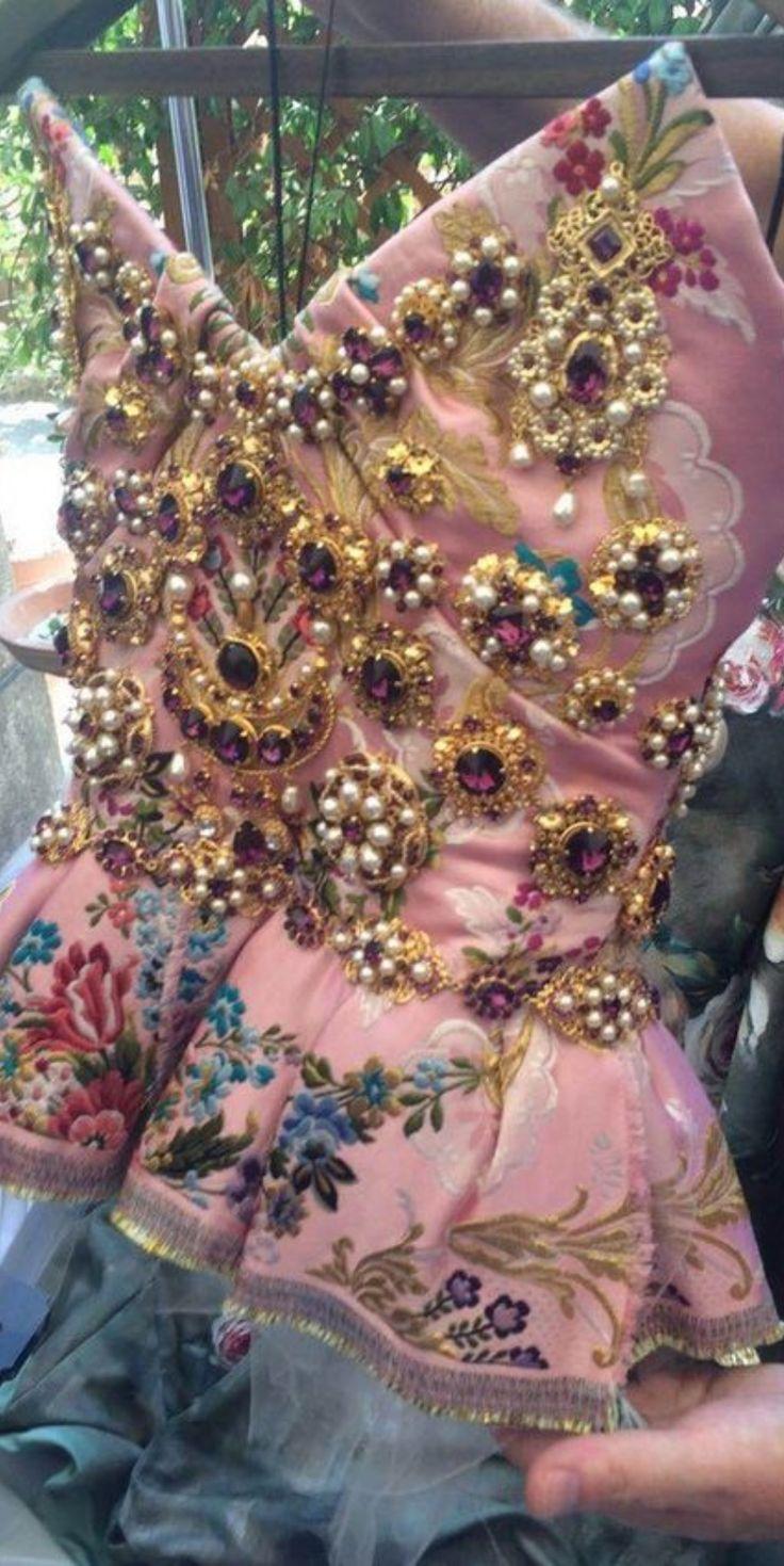 Dolce & Gabbana | Inna Erten                                                                                                                                                     More