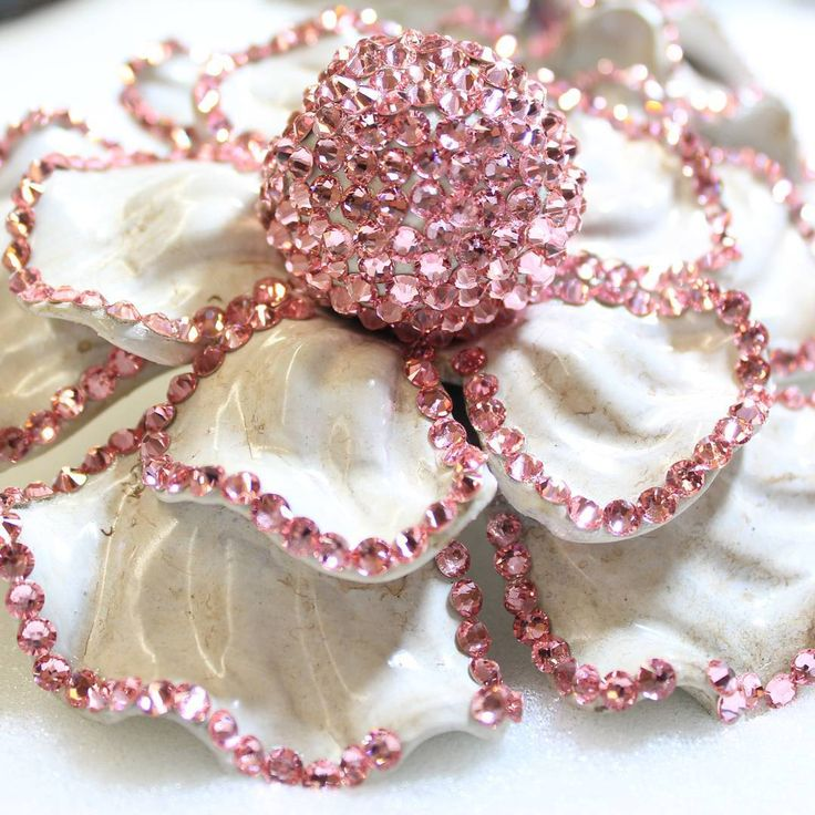Stunning #drapery #holdback idea with #pink #swarovskielements #curtains #drapes #losangeles #interiordesign