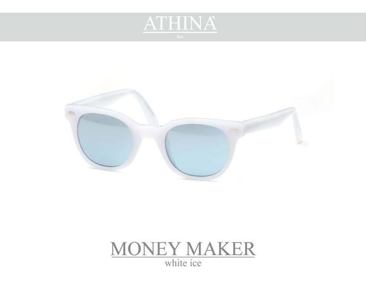 Mod. MM0404M04 Vintage frame per excellence, resistant, unique of its kind, completely made in acetate of cellulose. It has mirror light blue lenses.