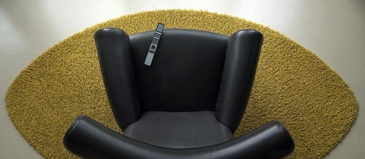 Žlutý kusový koberec Fletco s barvou a tvarem na míru. / Yellow rug Fletco with the individual color and shape. http://www.bocapraha.cz/cs/aktualita/79/fletco-rugs-kusove-koberce-na-prani/