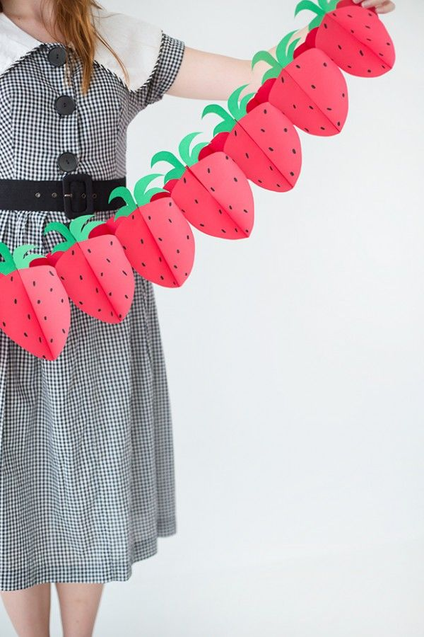 DIY Paper Strawberry Garland