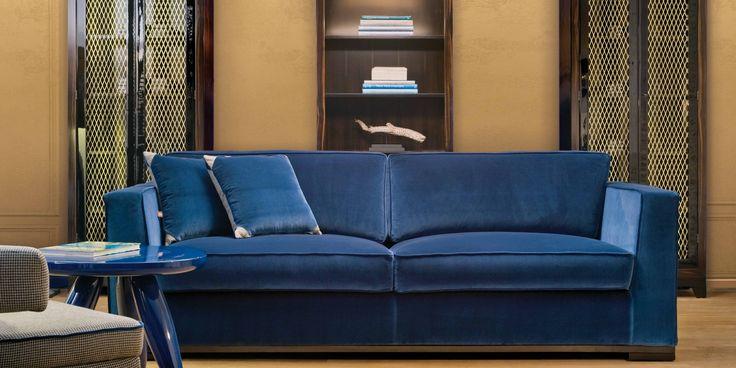 Our Harris Sofa and Lollo Gueridon Table #domedizioni #colorful #bluevelvet #velvet #domedizioni #italianfurniture #madeinitaly
