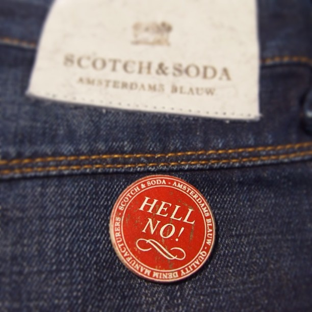Jeansmodellen Brewer Brescin från Scotch  Soda hjälper dig med de svåra besluten i livet #scotchsoda #jeans