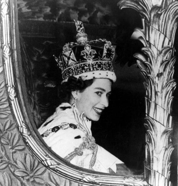 The Queen : 60 Photographs for 60 Years: Queen Elizabeth, Royals, Royal Family, Queens, The Queen, Queenelizabeth, Queen S, Elizabeth Ii, 60 Years