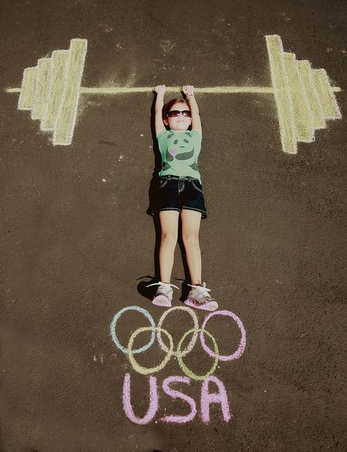 Olympic Weights in Sidewalk Chalk - fun photo idea!