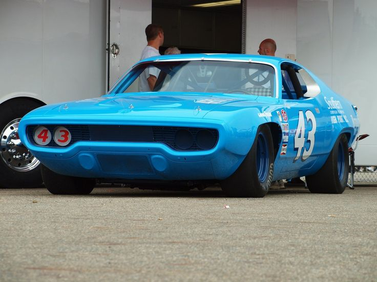 Richard Petty Plymouth Roadrunner 1971