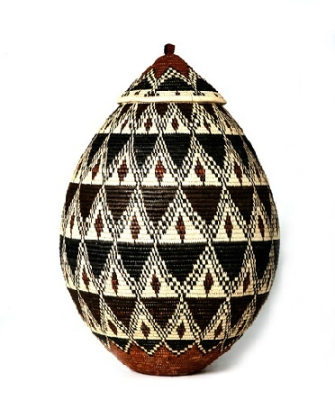 Ilala Weavers | South AfricaRwanda Baskets, Baskets Container, South African, Decor Inspiration, African Art, African Decor, African Baskets, Baskets Hands Pick, Ilala Weaver