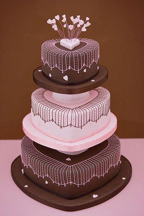 bruidstaart-hartvorm-bruin-roze