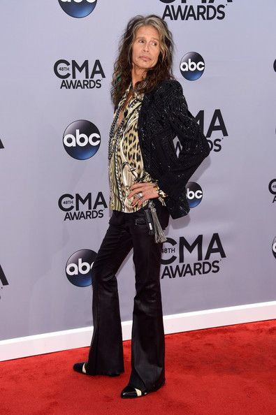 Steven Tyler Photos - Steven Tyler attends the 48th annual CMA Awards at the Bridgestone Arena on November 5, 2014 in Nashville, Tennessee. - Arrivals at the 48th Annual CMA Awards