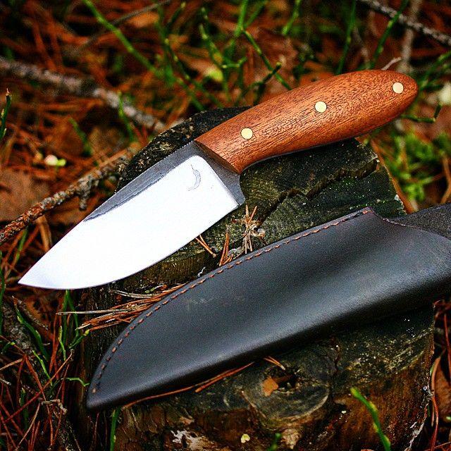 Mahogany big game hunter for @scandinavian_cult . I hope you will use it often my friend :) #trollsky #knifemaking #bushcraft