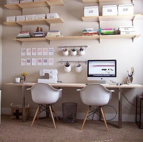 Mesas de trabajo ordenadas http://blog-telaylana.blogspot.com.es/