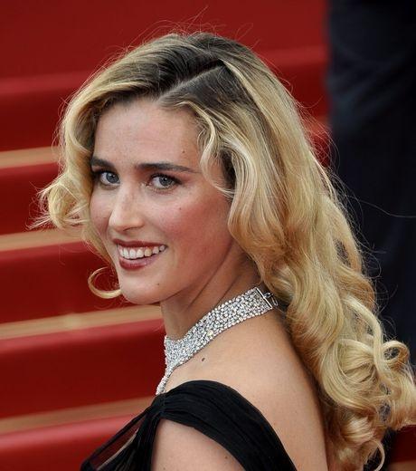 La comédienne Vahina Giocante a de forts liens avec le Loiret et plus particulièrement le Pithiverais. Elle est en effet née le 30 juin 1981 à Pithiviers.