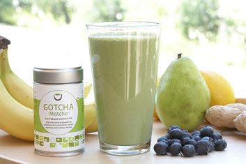 A cancer-fighter, a fat-burner, and much more, matcha leaves other green teas far behind!