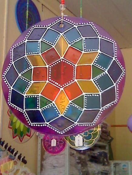 Mandala em vidro 15cm