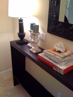 DIY CONSOLE TABLE - I want this for my entry way!
