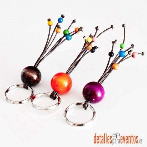 Comprar regalos para invitados como estos llaveros artesanales, detalles para bodas y eventos, detalles hombre y mujer
