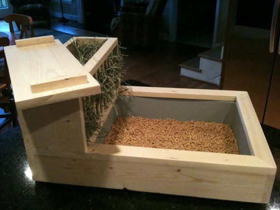 Rabbit Litter Box / Hay Feeder 1 Free by TheBlissfulBunny on Etsy - brilliant! A great model for me to try to copy. This seller makes all things bunny.