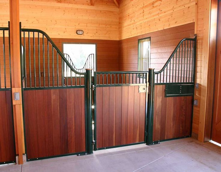 The Rubicon Horse Stall Shown With Optional Rotating